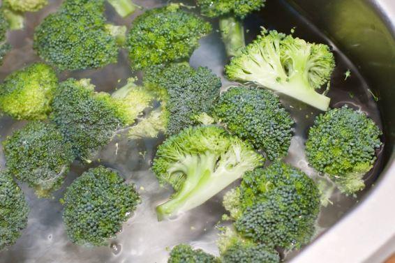 Salade met zomerse dressing van blauwe bessen 8