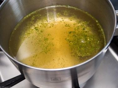 Pompoen gevuld met paddenstoelen risotto-4
