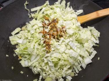 Quinoa met roerbakgroenten en kipspiesjes-49