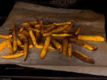 Zoete aardappel friet uit de oven-8