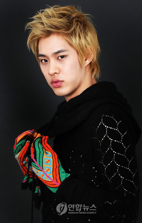 Seung Ho (승호) * Full Name: Yang Seung Ho (양승호) * Date of Birth: October 16, 1987 (1987-10-16) (age 22) * Position: Leader, Vocal