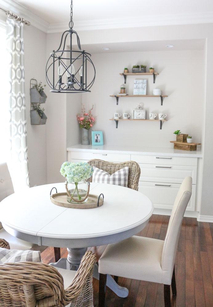 Modern Farmhouse Dining Room Table DIY