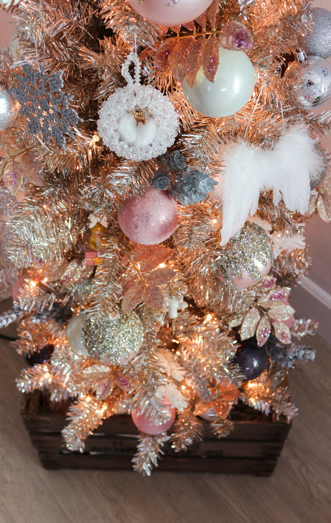 Blush Pink  Rose Gold Christmas Tour