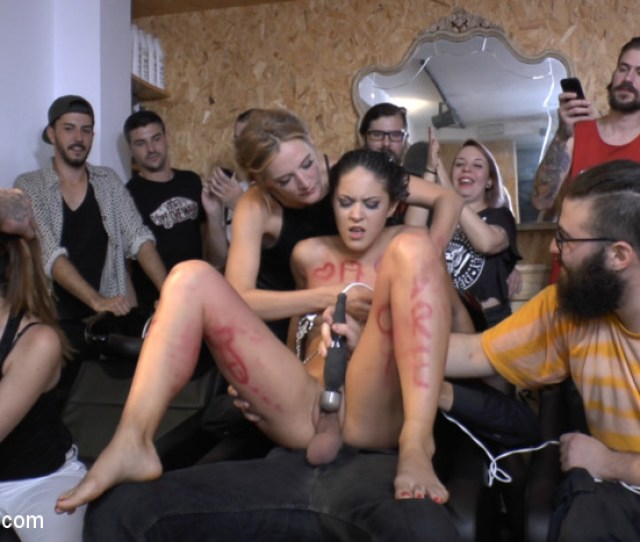Carolina Abril Gets Down On Her Knees And Prays For Huge Cock Publicdisgrace Public Disgrace Xxx Tube Channel