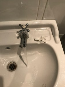 how to fix a loose tap