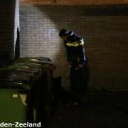 Er is een politiehond ingezet om de verdachte(n) te zoeken