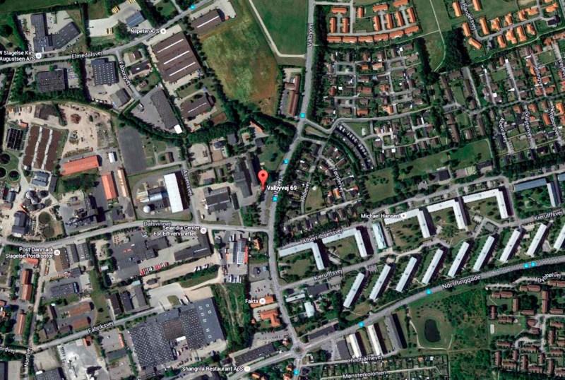 Det var her på Valbyvej ved nr. 69 i Slagelse, at ulykken skete tidligt fredag morgen. Illustration Google Maps.
