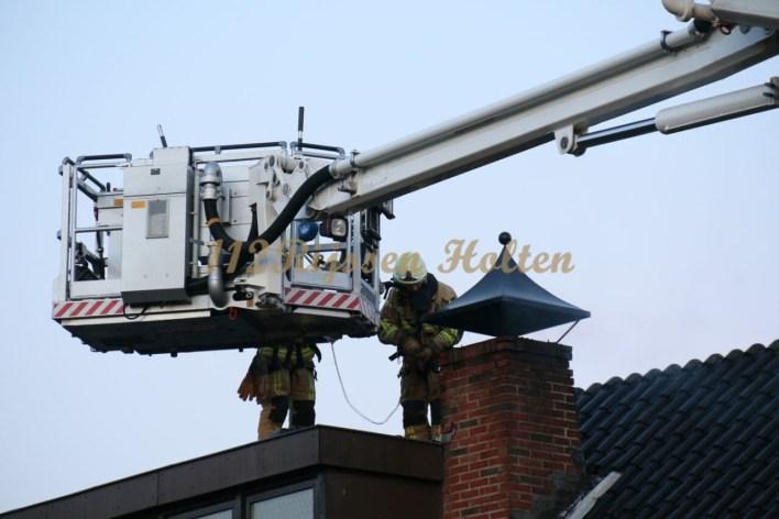 Video: Rijssen- Brand in Schoorsteen pelmolenweg