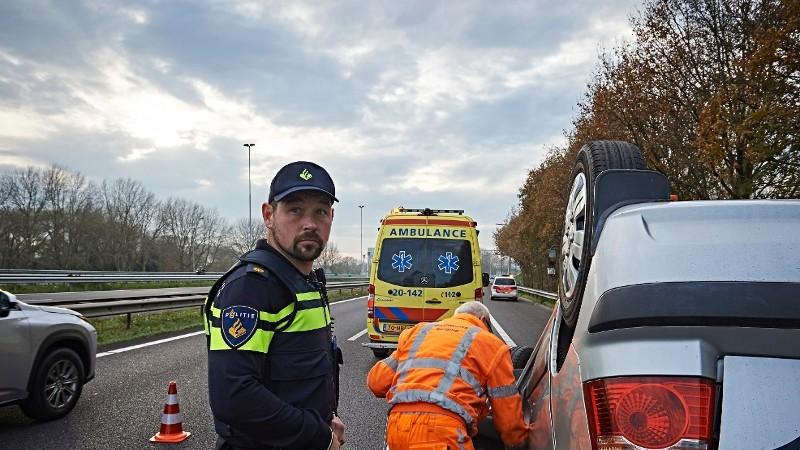 Zaandam - Spookrijder veroorzaakt ernstig ongeval.