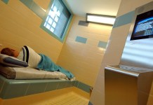 arrestant in cel