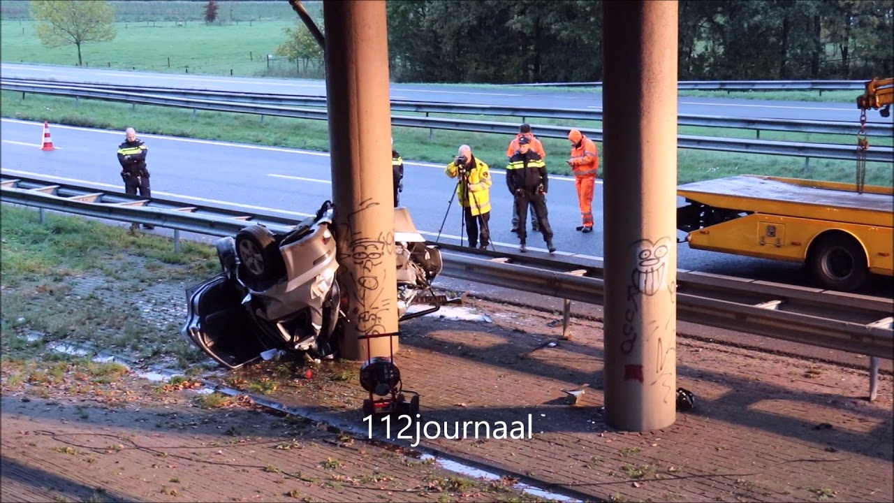 Vrouw uit Arnhem ernstig gewond bij ongeval op de A50 bij Ravenstein.
