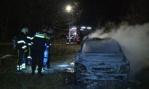 Gestolen auto uitgebrand in Nieuwkuijk
