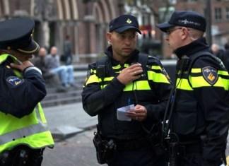 Politie communiceerd op straat