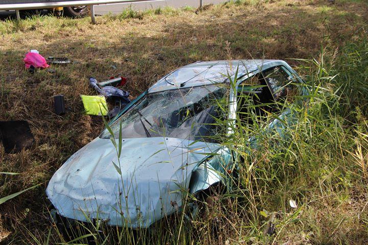 Automobilist uit auto geslingerd bij ongeval A2.