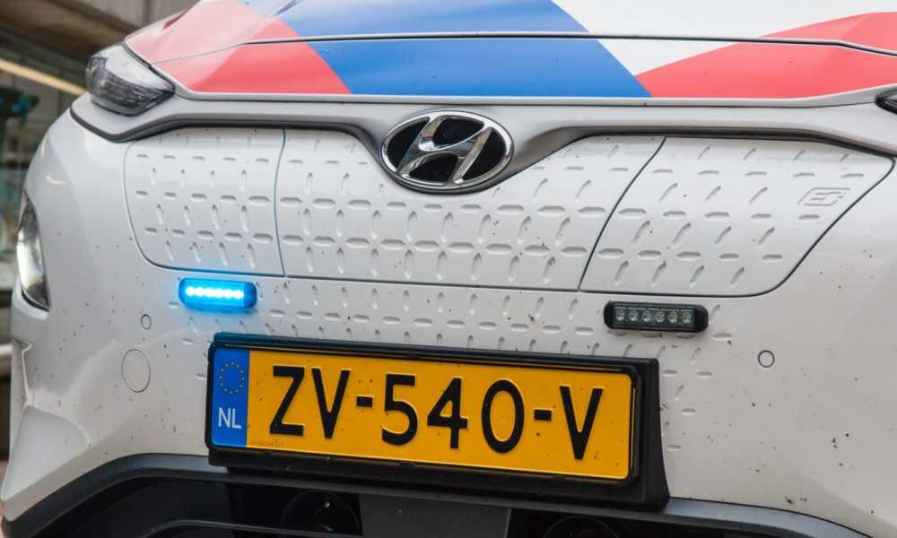 Bergen - Bestuurder gestolen auto steelt 2e auto bij aanrijding.