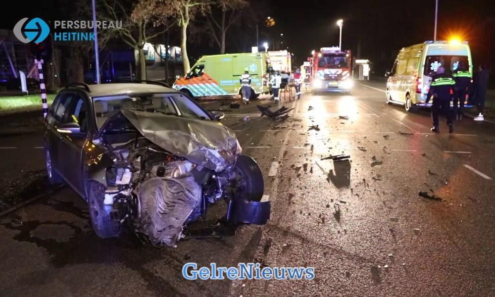 Drie gewonden bij ernstig ongeval.