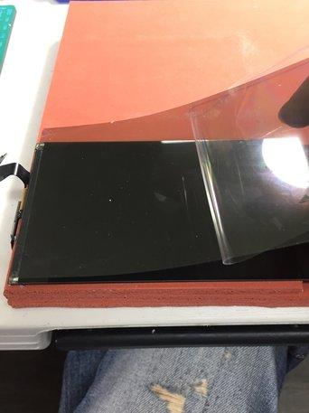 iPhone螢幕破掉。要換整組液晶?可以單換玻璃?怎麼換比較好? - 119 iPhone