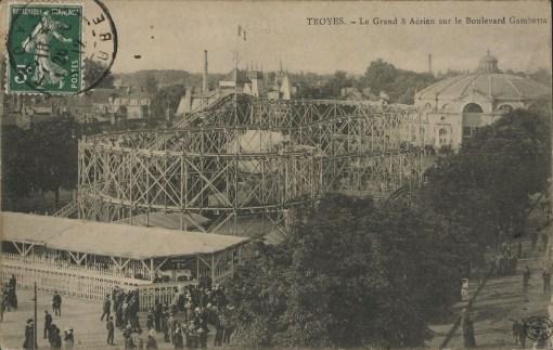Carte postale, CPLOCAL03217, Médiathèque du Grand Troyes, photo P. Jacquinot, X. Sabot
