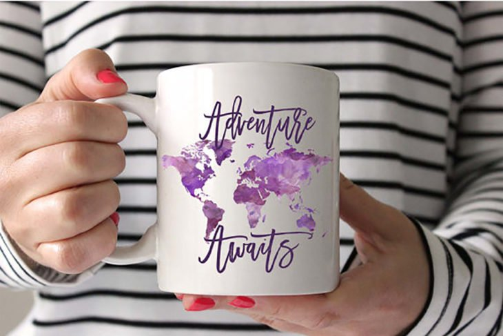 11 Perfect gifts for any traveler that will make you want to travel the world