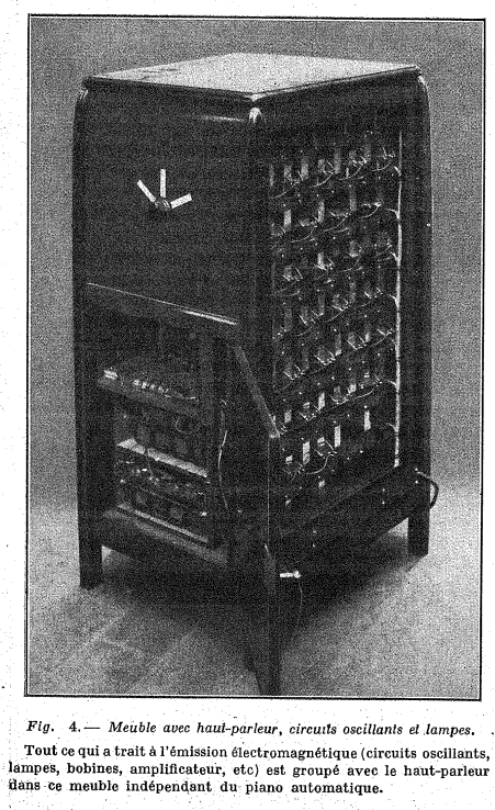 Loudspeakers and valves of the 'Piano Radio Èlectrique'