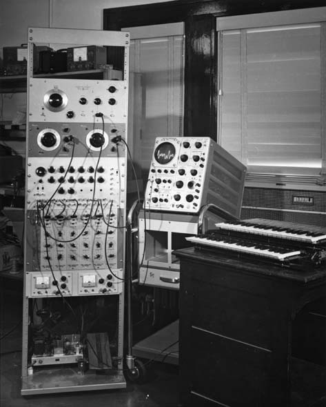 Beauchamp Synthesiser or Harmonic Tone Generator at the Experimental Music Studio at the University of Illinois at Urbana-Champaign. USA
