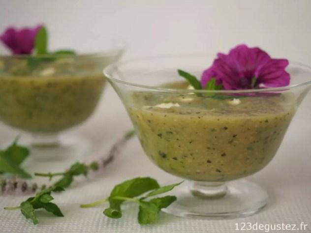 soupe légère courgettes-menthe
