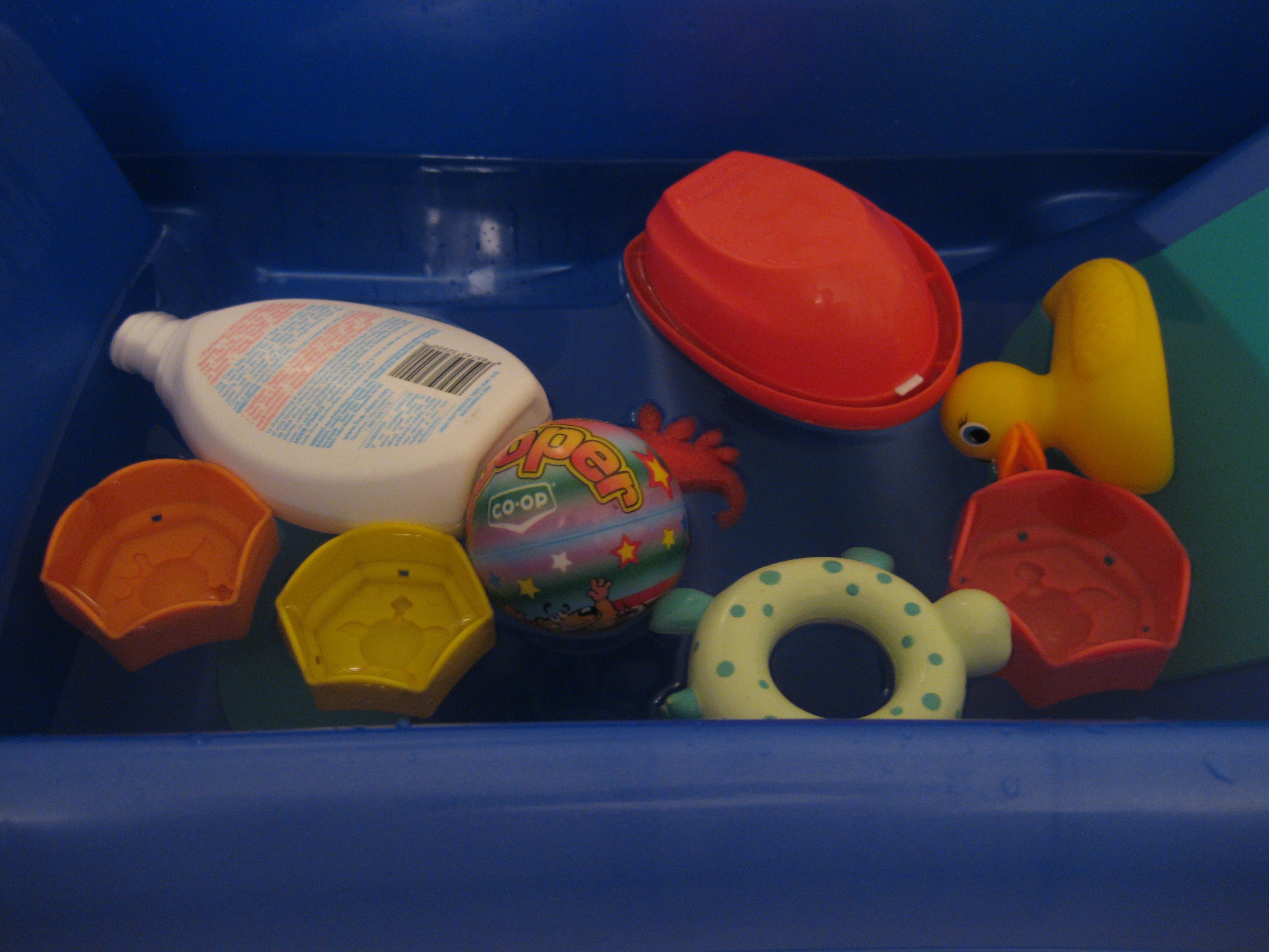Kindergarten Readiness Sensory Water Play
