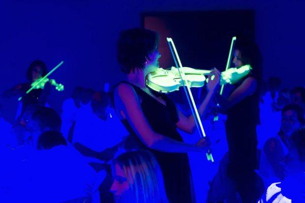 lichtgevende violen openingsact openingshandeling openingsshow