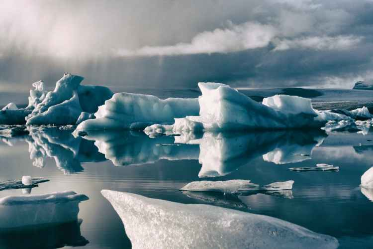 ice formation in body of water
