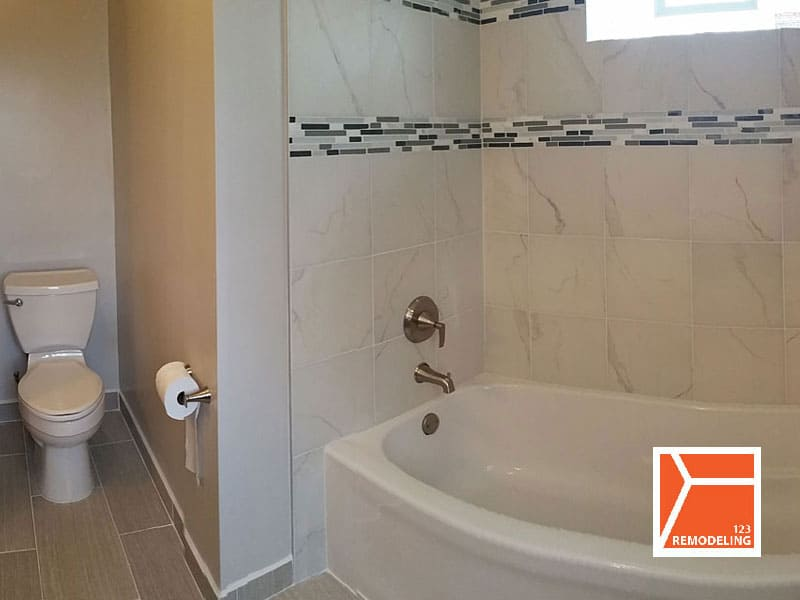 After Master Bathroom Remodel - 1235 Fair Oaks Ave, Oak Park, IL