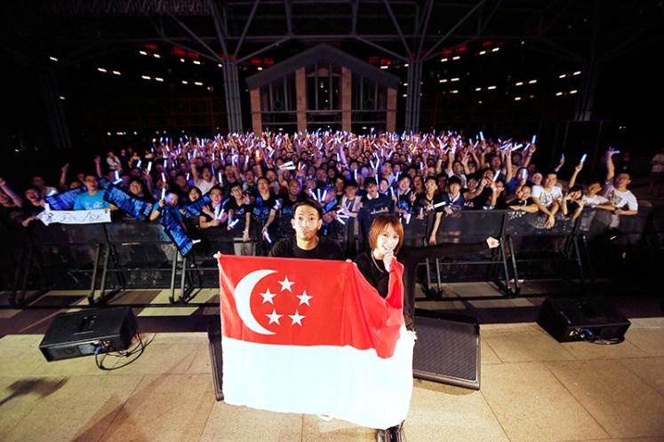 aoi eir rock the world 2015 singapore