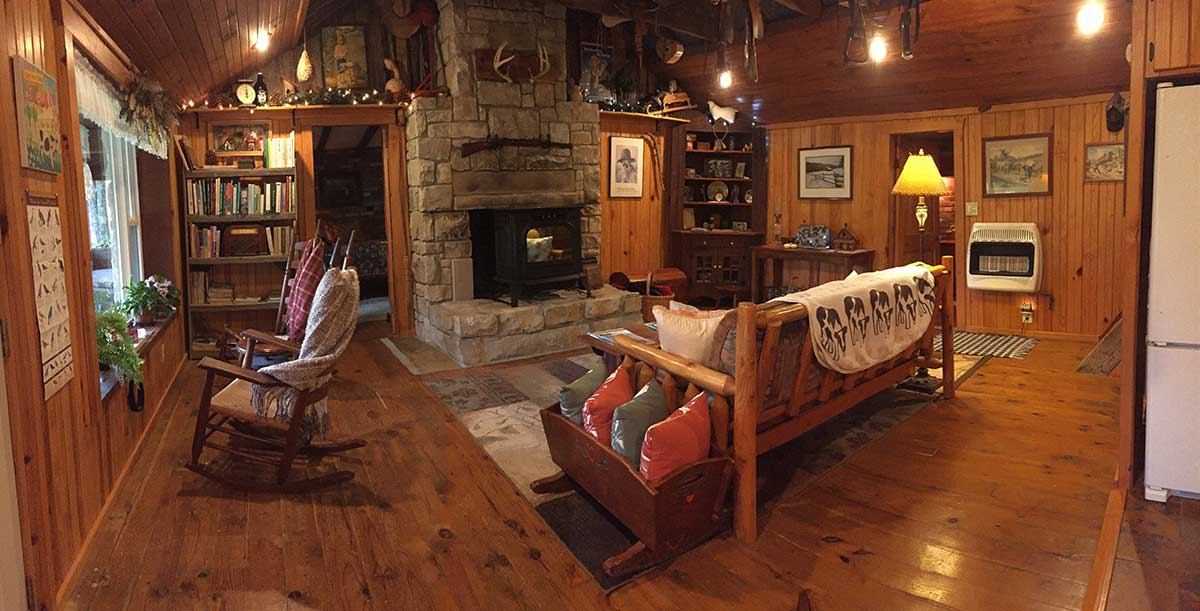 living room at 12 stones cabin