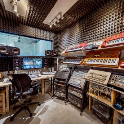 Studio Pic 2020 - 12 Tree Studios