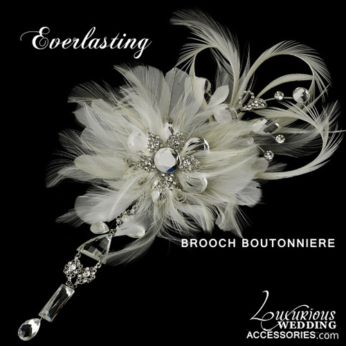 styled-groom-brooch-boutonniere