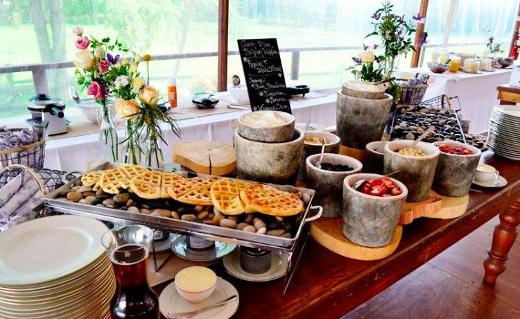 Fun food stations for your wedding reception wedding for for Food bar wedding reception