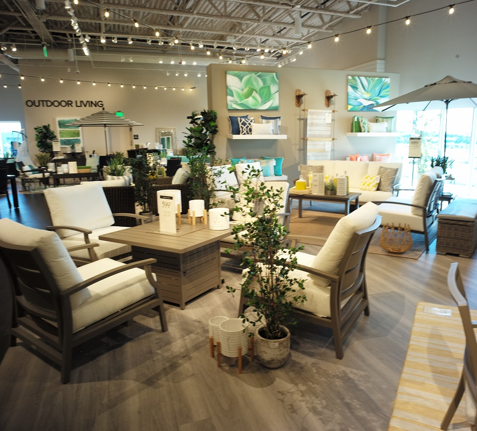 Be sure to read our guide to find the best miami moving companies. City Furniture opens its largest store in Orlando ...