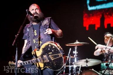 rancid-its-not-dead-2017-23