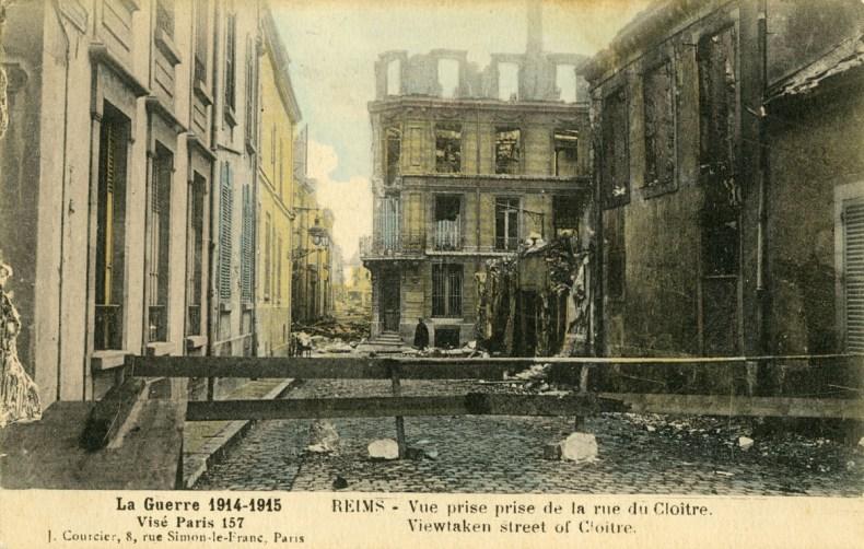 ob_fdd064_courcier-rue-du-cloitre-hd-1915-mt-1200