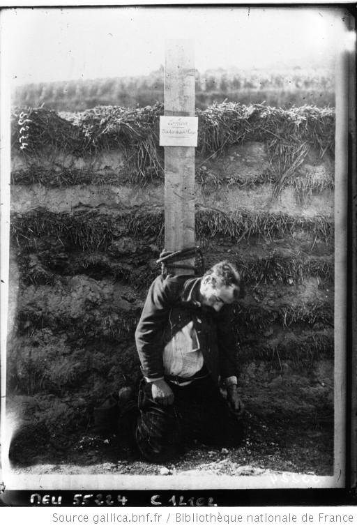 Espion fusillé aux environs de Reims (photo de presse : Agence Meurisse) Gallica-BNF