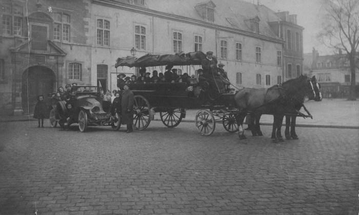 25 mars, départ pour Lyon des enfants des hospices Noël, Caqué et Général