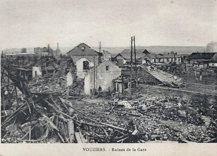 Dimanche 3 octobre 2015 - On dit que 65 avions ont bombardé la gare de Vouziers