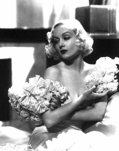 nefertiti: Carole Lombard