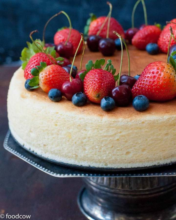 Light & Fluffy Japanese Cheese Cake - Cotton Cheese Cake