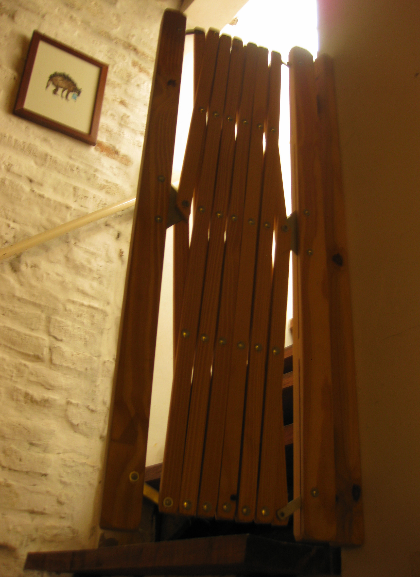 wooden folding baby gates  Stuff for sale at 1468 Ravignani