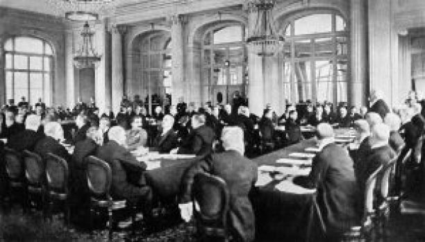1024px-Collier's_1921_World_War_-_Allies'_terms_announced_at_Trianon_Palace