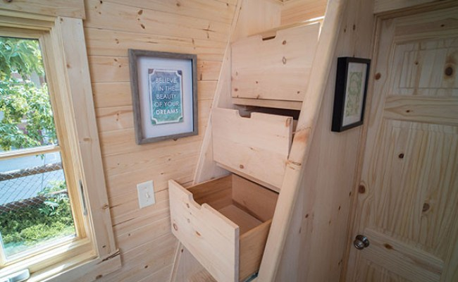 Review Of Tumbleweed Tiny House Company And Their Houses