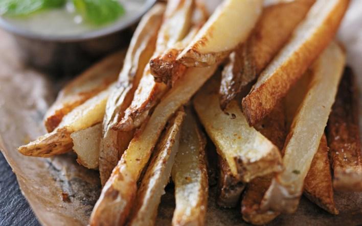Vegan Crispy Oil-Free Garlic Fries
