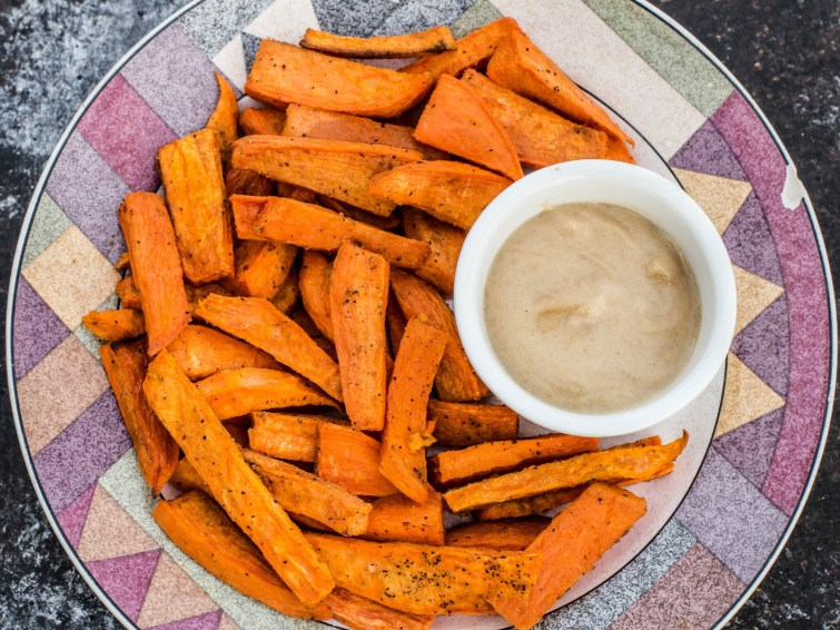 Sweet Potato Fries With Maple-Tahini Garlic Dip