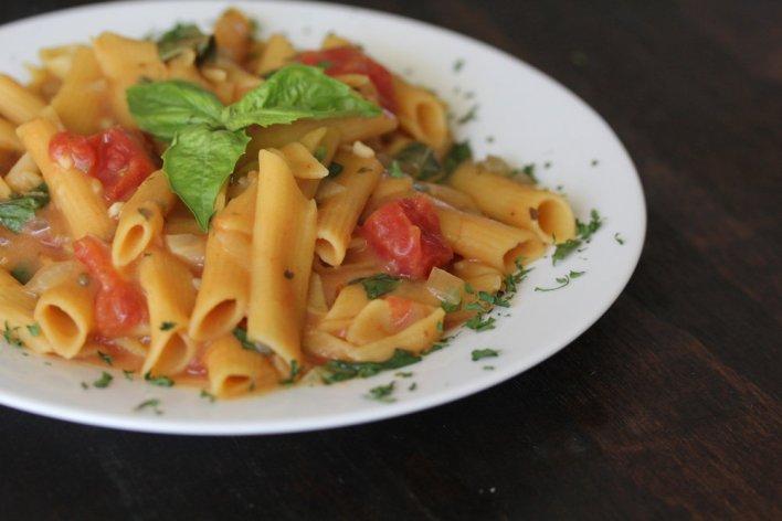 Vegan Tomato Lentil Pasta