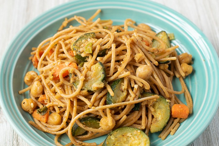 Vegan Sautéed Vegetables and Chickpeas with Pasta